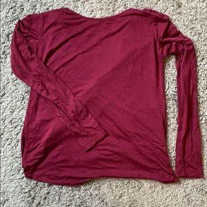 Twist-Back long sleeve shirt